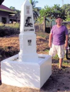 Bob Hudson painting Bagac markers